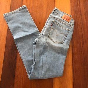 Levis 714 Straight Womens Jeans (W27, L30)